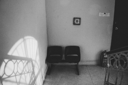 A synagogue in Caracas is a place where you can feel the exodus but also the capacity of the community to adapt and resist. During the 1980s and 1990s, 300 Jews assembled for prayers in the synagogue, said Cudisevich. Today on a normal work day hardly 15 people participate.